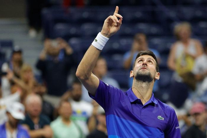 Liên tiếp bị la ó và gây nhiễu từ khán đài, Djokovic vẫn bản lĩnh ngược dòng vào bán kết US Open - Ảnh 10.