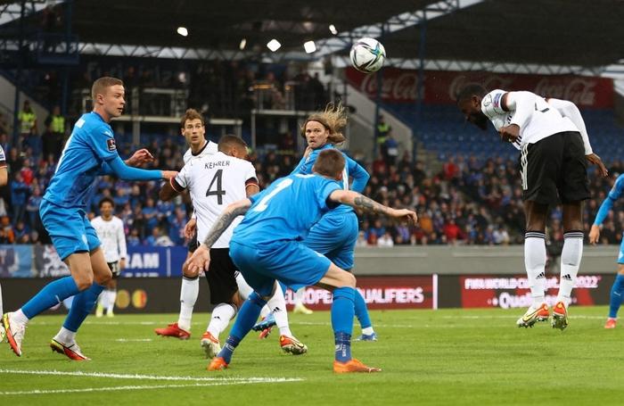 Hàng công phung phí cơ hội, Đức vẫn dễ dàng đè bẹp CH Ireland với tỷ số 4-0 - Ảnh 2.