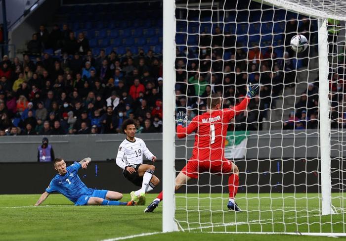 Hàng công phung phí cơ hội, Đức vẫn dễ dàng đè bẹp CH Ireland với tỷ số 4-0 - Ảnh 6.