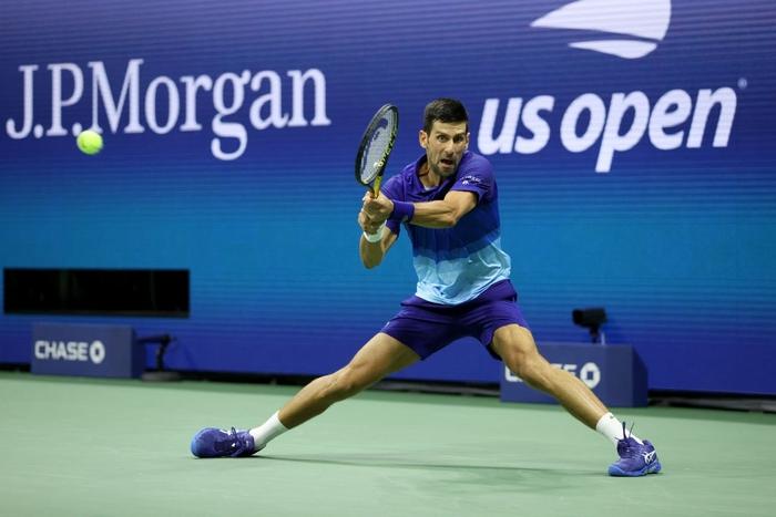 Liên tiếp bị la ó và gây nhiễu từ khán đài, Djokovic vẫn bản lĩnh ngược dòng vào bán kết US Open - Ảnh 7.