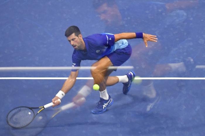 Liên tiếp bị la ó và gây nhiễu từ khán đài, Djokovic vẫn bản lĩnh ngược dòng vào bán kết US Open - Ảnh 5.