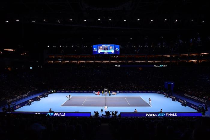 Ngược dòng thắng kịch tính, hot boy quần vợt đăng quang ATP Finals 2019 - Ảnh 2.