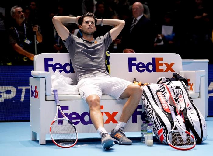 Ngược dòng thắng kịch tính, hot boy quần vợt đăng quang ATP Finals 2019 - Ảnh 7.