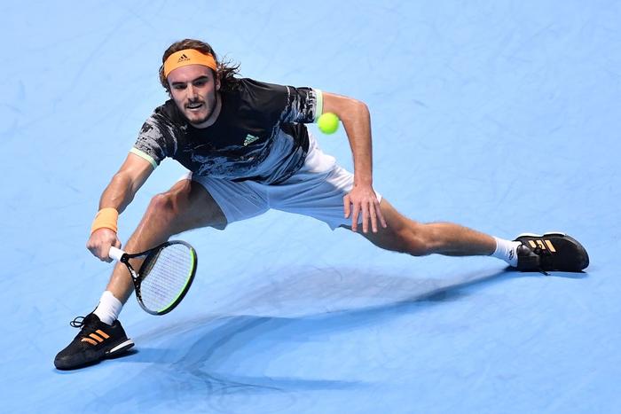 Ngược dòng thắng kịch tính, hot boy quần vợt đăng quang ATP Finals 2019 - Ảnh 4.