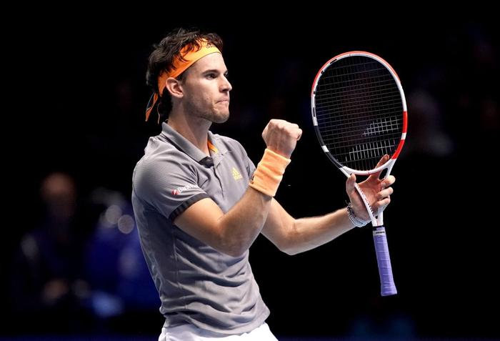 Ngược dòng thắng kịch tính, hot boy quần vợt đăng quang ATP Finals 2019 - Ảnh 3.