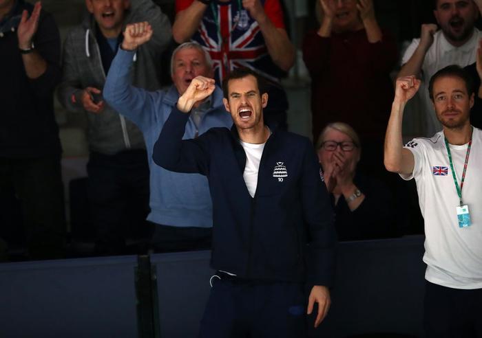 Tứ kết cúp đồng đội danh giá nhất thế giới: Nadal phấn khích ôm chầm bạn đánh cặp, Djokovic đau đớn dừng bước - Ảnh 6.