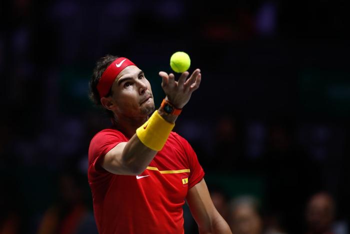 Nadal vỡ òa hạnh phúc khi nối dài mạch toàn thắng giúp tuyển Tây Ban Nha vô địch cúp đồng đội danh giá nhất thế giới - Ảnh 1.