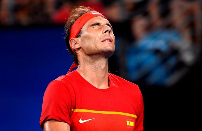 """Nadal """"thoát xác"""" hú vía từ tội đồ hóa người hùng, Tây Ban Nha nhọc nhằn vào bán kết ATP Cup - Ảnh 5."""