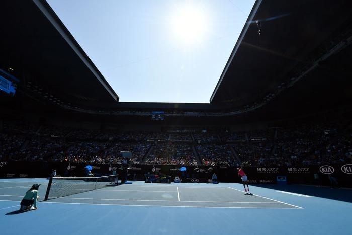 """Thua dễ trước Nadal, tay vợt vẫn hớn hở: """"Người dân đất nước tôi xem trận đấu như chung kết World Cup"""" - Ảnh 2."""