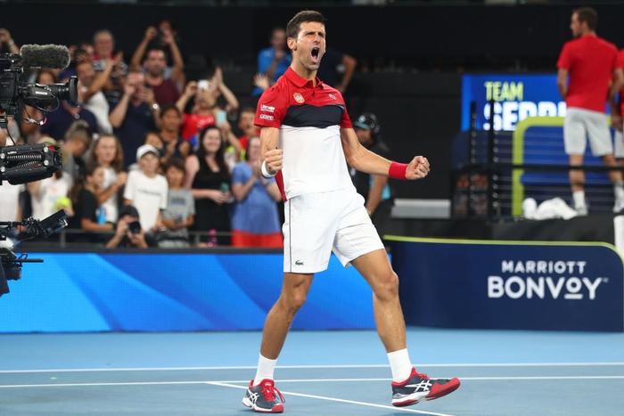 """Nadal và Djokovic """"rủ nhau"""" thắng nhọc ở trận đấu đầu tiên trong năm mới - Ảnh 8."""