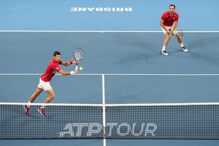 Djokovic bất ngờ bị tước điểm ở pha bóng dễ như ăn kẹo, để rồi bùng nổ phấn khích sau chiến thắng kịch tính - Ảnh 3.