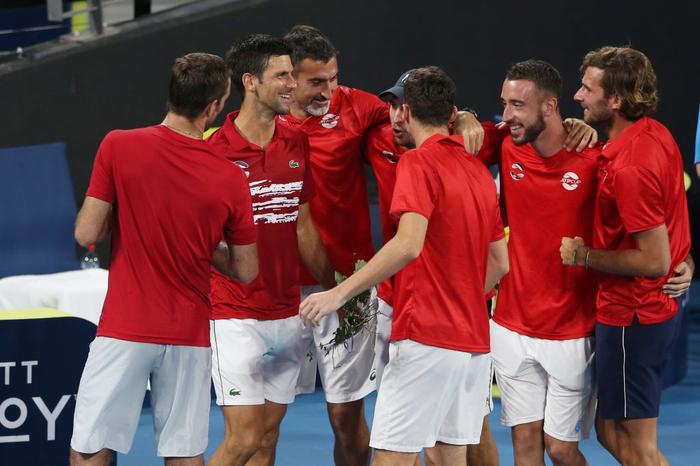 Djokovic bất ngờ bị tước điểm ở pha bóng dễ như ăn kẹo, để rồi bùng nổ phấn khích sau chiến thắng kịch tính - Ảnh 10.
