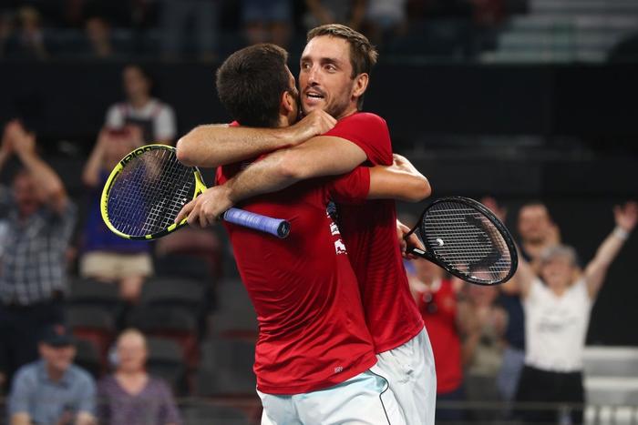 Djokovic bất ngờ bị tước điểm ở pha bóng dễ như ăn kẹo, để rồi bùng nổ phấn khích sau chiến thắng kịch tính - Ảnh 7.