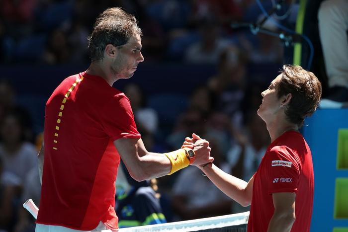 Chẳng tay vợt nào hạnh phúc hơn Nadal hôm nay: Vừa tỏa sáng giúp Tây Ban Nha vào tứ kết ATP Cup, lại ẵm thêm chiếc cúp danh giá - Ảnh 5.