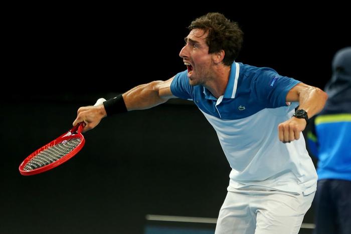 Trò hề tại ATP Cup: Bị cảnh cáo vì chơi thiếu nỗ lực, tay vợt giận dỗi bỏ cuộc và màn tấu hài khó đỡ sau đó - Ảnh 4.
