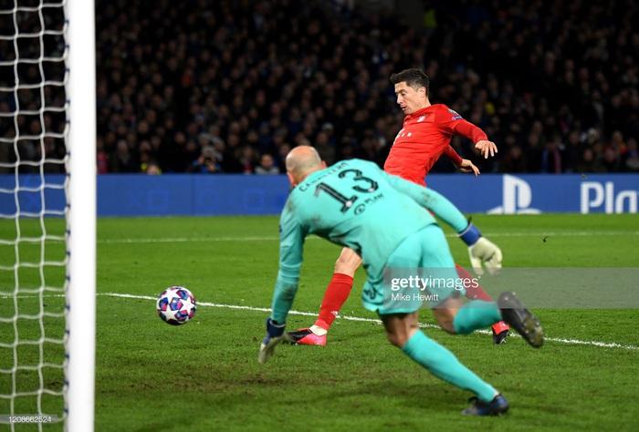 Sai lầm công thần, Chelsea bị hủy diệt ngay trên sân nhà và thậm chí kết thúc trận đấu với chỉ 10 người trên sân - Ảnh 7.