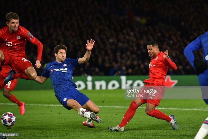 Sai lầm công thần, Chelsea bị hủy diệt ngay trên sân nhà và thậm chí kết thúc trận đấu với chỉ 10 người trên sân - Ảnh 5.