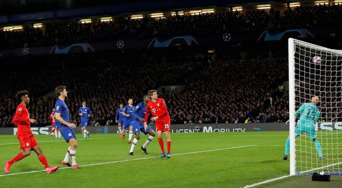Sai lầm công thần, Chelsea bị hủy diệt ngay trên sân nhà và thậm chí kết thúc trận đấu với chỉ 10 người trên sân - Ảnh 4.