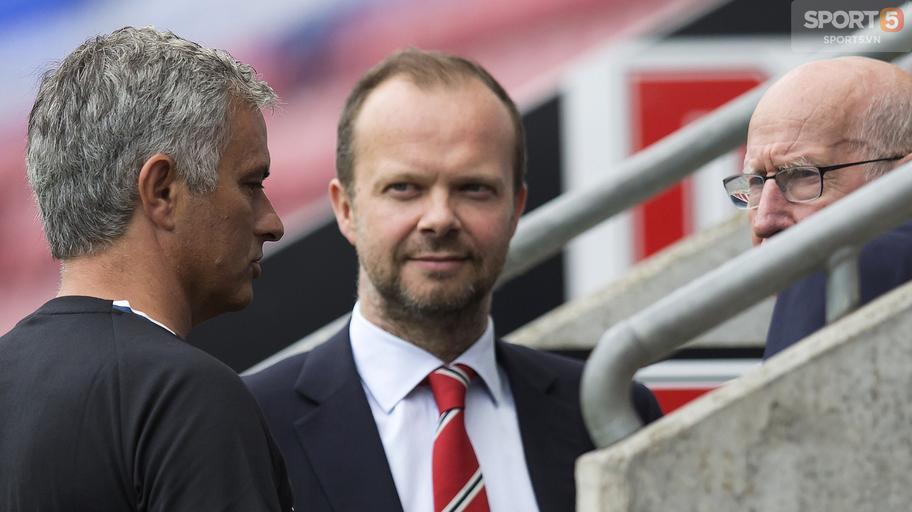 Tiết lộ gây sốc về mối quan hệ đổ vỡ giữa Mourinho và Ed Woodward