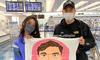 """Đặng Văn Lâm rời Nhật Bản, nhận quà """"handmade"""" đặc biệt từ fan cứng"""