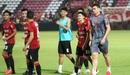 Vận đen quay lại đeo bám đội bóng của Đặng Văn Lâm