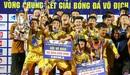 Khoảnh khắc lên ngôi vô địch cực cảm xúc của U17 Sông Lam Nghệ An trước U17 Nutifood