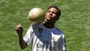 Thần đồng Brazil, Rodrygo ra mắt hoành tráng trên SVĐ Bernabeu