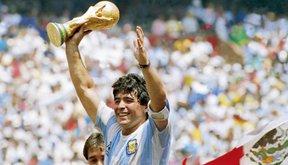 5 bàn thắng đẹp nhất của Maradona trong các kỳ World Cup