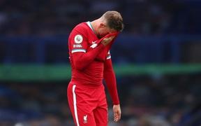 Everton 2-2 Liverpool: Trận cầu tràn ngập drama, từ thẻ đỏ, vào bóng thô bạo đến VAR tước bàn thắng phút 90+3