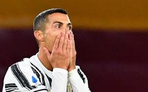 Ronaldo vẫn dương tính, chính thức bỏ lỡ cơ hội chạm trán đại kình địch Messi