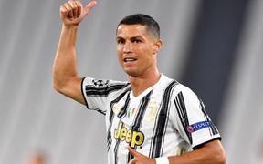 Động thái đầy ẩn ý của Ronaldo sau trận Siêu kinh điển
