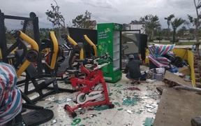 Một phòng gym ở Quảng Ngãi tan hoang sau cơn bão số 9