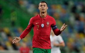 """Ronaldo và đồng đội dính """"vận xui"""", Bồ Đào Nha bất phân thắng bại với Tây Ban Nha"""