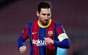 Messi lập kỷ lục trên chấm penalty, Barca nhọc nhằn giành 3 điểm