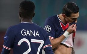Nhận 2 thẻ đỏ và đá hỏng penalty, PSG thất bại trước RB Leipzig