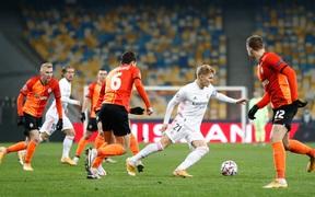 Real Madrid rối tung sau trận thua bạc nhược ở Ukraine