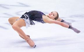 Ngả mũ trước nữ hoàng trượt băng nghệ thuật mới người Nga: Mới 15 tuổi đã sở hữu tới 4 kỷ lục Guinness