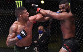 Cựu vương Tyron Woodley thảm bại trong ngày trở lại UFC