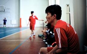 Câu chuyện đầy cảm hứng về chàng trai Mông Cổ hâm mộ MU, chơi bóng dưới cái lạnh -30 độ C, bị lừa 140 triệu đồng qua Facebook và theo đuổi giấc mơ trở thành Rooney