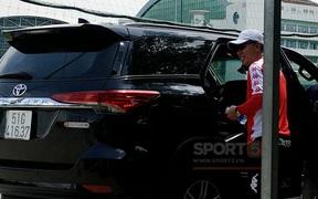 """HLV Chung Hae-seong trở lại CLB TP.HCM sau khi dàn trợ lý của chủ tịch kiêm HLV Hữu Thắng được """"luân chuyển công tác"""""""
