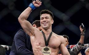 UFC chính thức ký hợp đồng với nhà vô địch SEA Games Mark Striegl