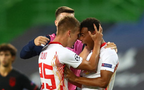 Leipzig 2-1 Atletico Madrid: Bàn thắng phút 88 khiến giấc mơ Champions League của thầy trò Simeone tan thành mây khói