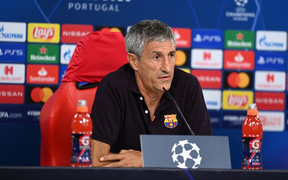 """Người Barca đồng loạt xếp Lewandowski dưới Messi trước trận """"chung kết sớm"""" ở Champions League"""