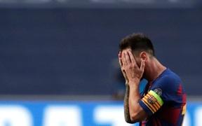 Truyền thông quốc tế sốc nặng, bàng hoàng trước thất bại tan nát của Messi và các đồng đội trước Bayern