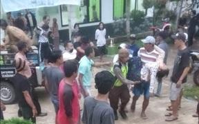 Đi xem bóng đá, 3 người chết và 20 người bị thương vì sét đánh tại Indonesia