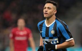 """Man United đẩy thành công """"bom xịt"""" Alexis Sanchez sang Inter"""