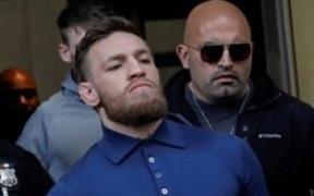 Một phụ nữ khởi kiện Conor McGregor, cáo buộc đã bị võ sĩ người Ireland hiếp dâm