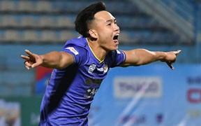 Vì sao bóng chạm tay Bùi Hoàng Việt Anh nhưng Hà Nội FC không bị thổi phạt đền?