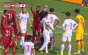"""Đội tuyển Việt Nam phá sâu """"kỷ lục"""" chịu phạt đền ở Vòng loại World Cup 2022"""