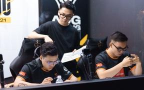 Sau vòng 9, 10 ĐTDV mùa Đông 2021: Sự trượt dài của Team Flash
